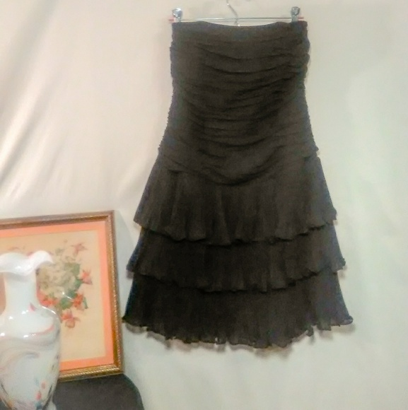 White House Black Market Dresses & Skirts - White House Black Market ** Mini Strapless Tiered
